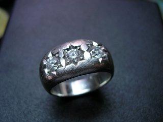 大粒ダイヤプラチナメンズリングのリフォーム02.JPG
