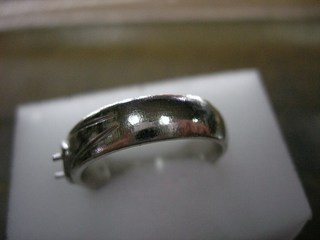 ブルーダイヤ結婚指輪サイズ直しと爪交換06.JPG